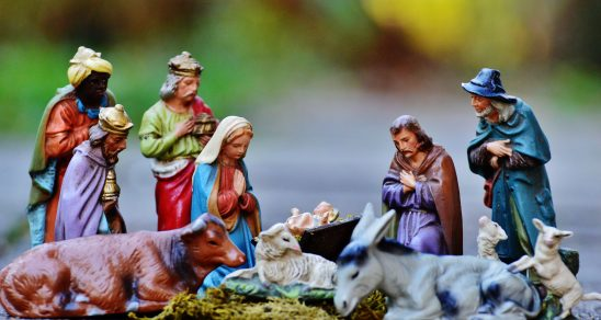 christmas-crib-figures-1060021