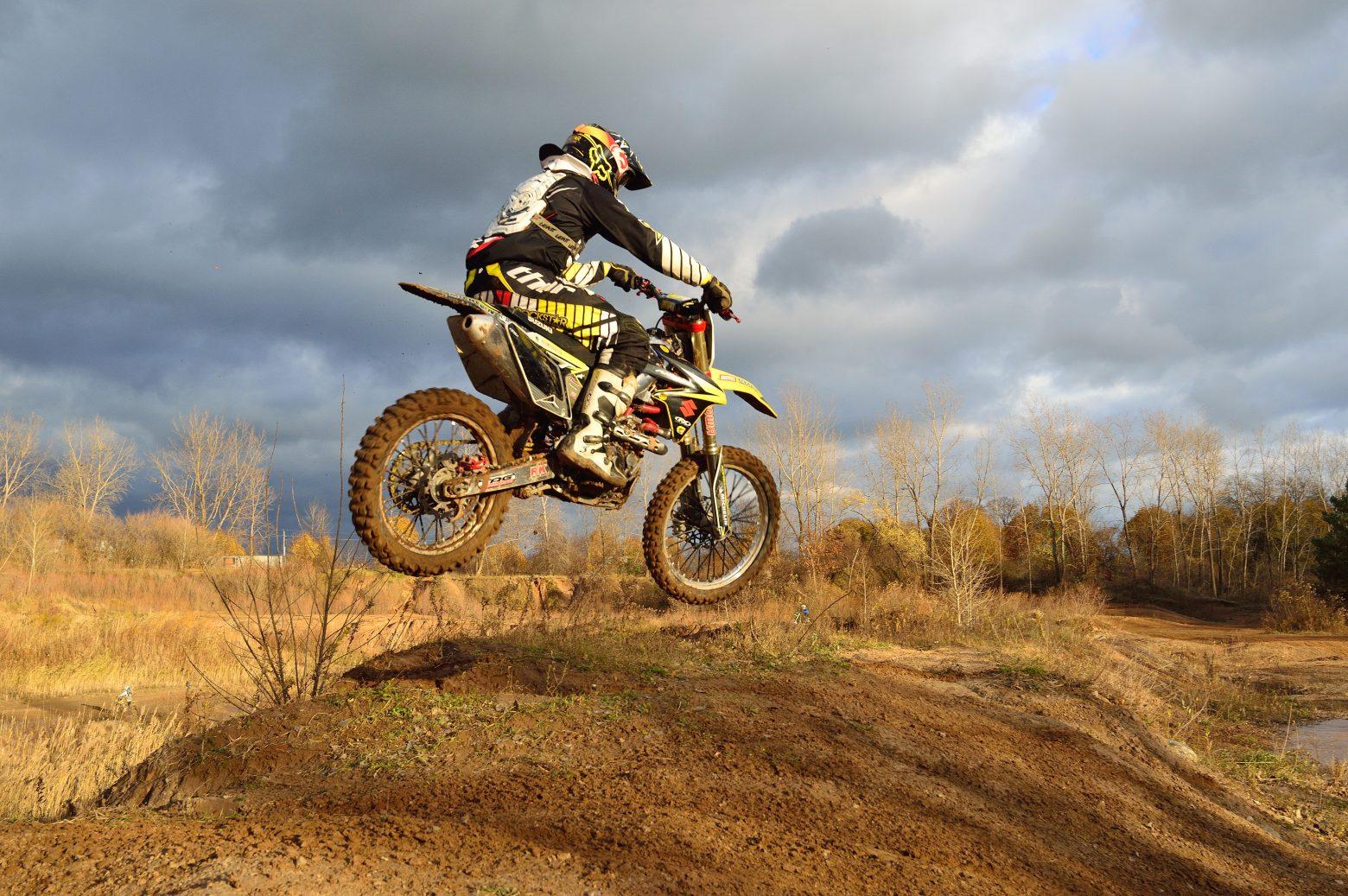 dirt-bike-209489