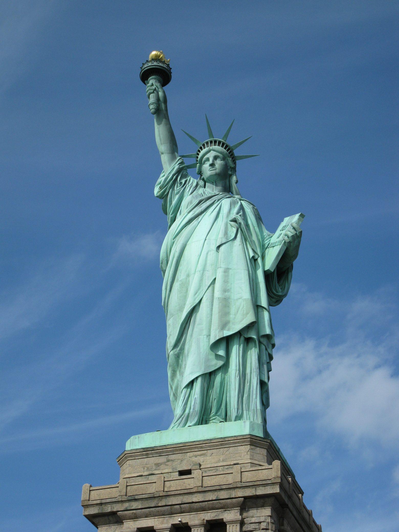 queen-of-liberty-202218