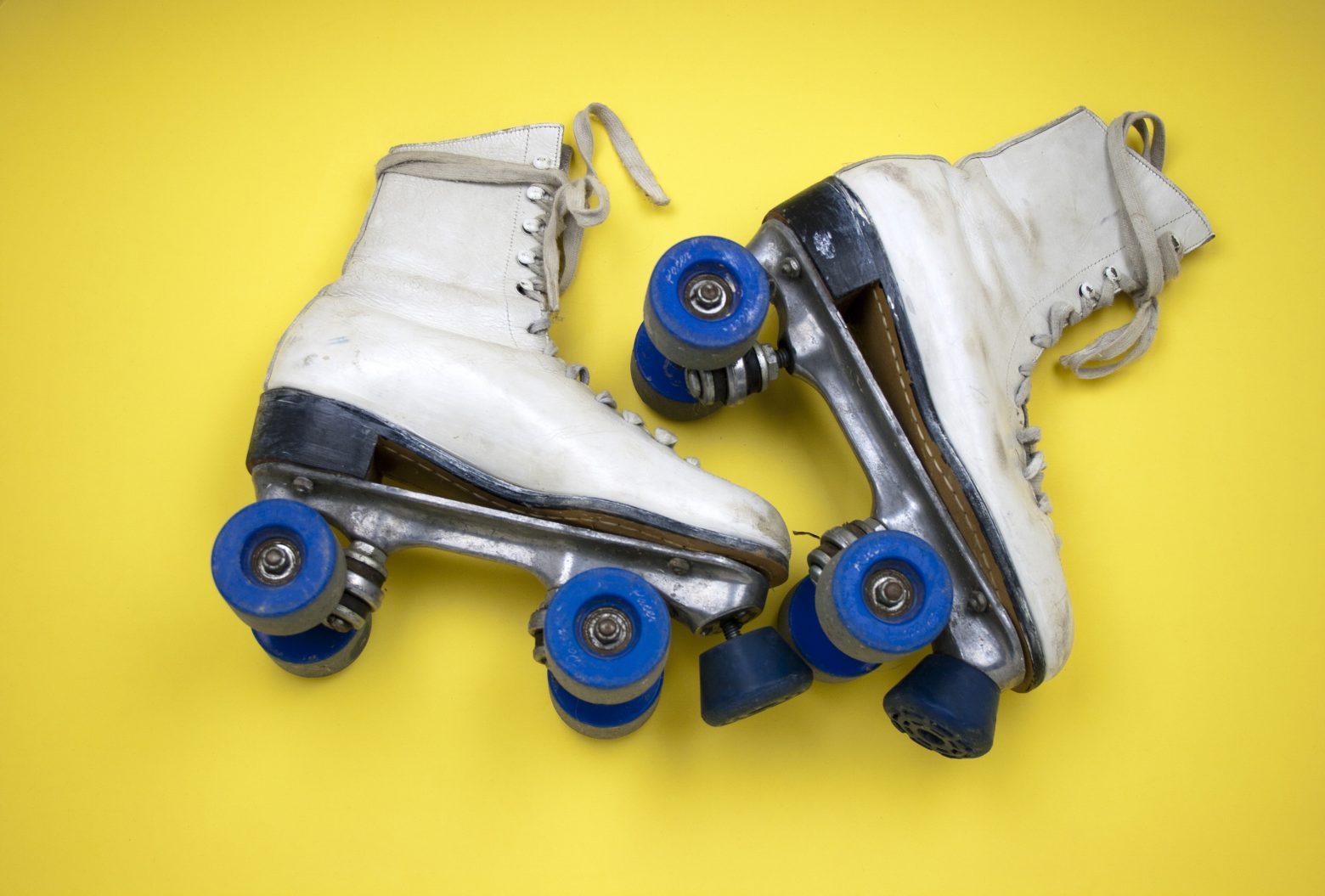 roller-skates-415389