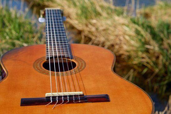 guitar-2276181