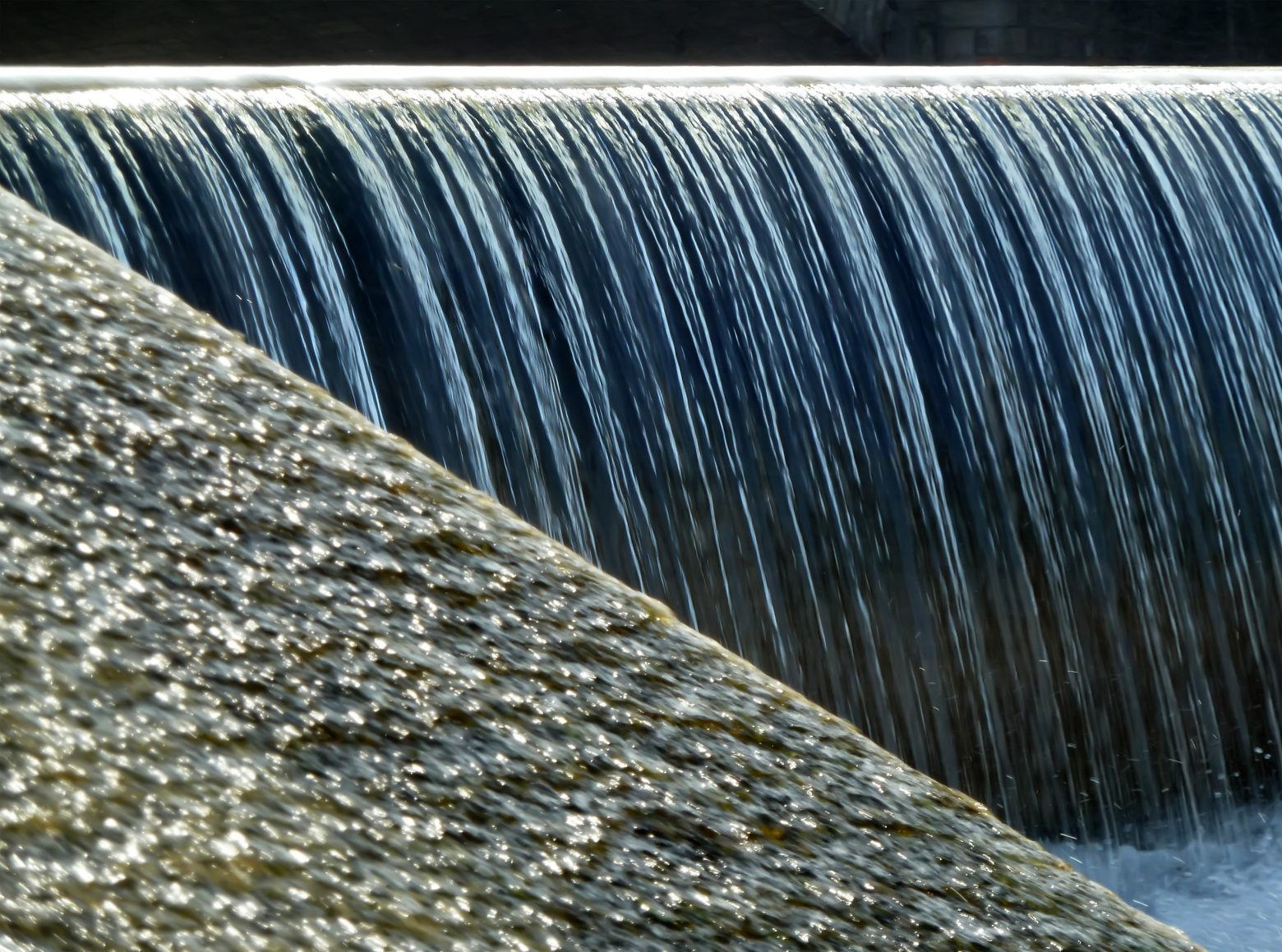 waterfall-77676