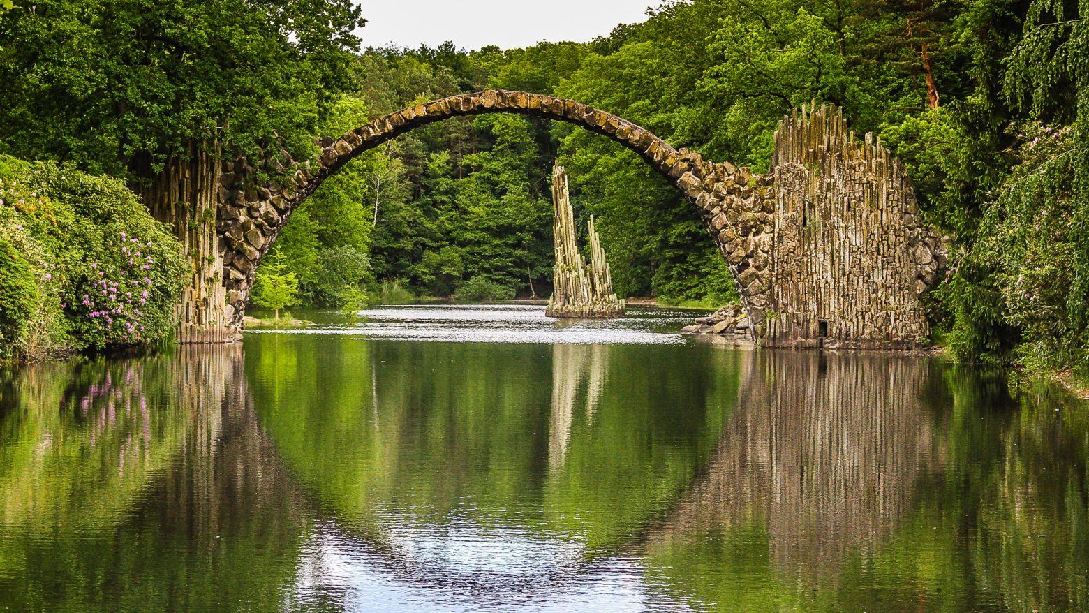 bridge-2887353