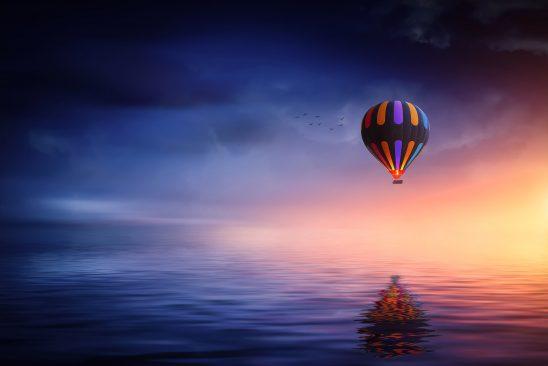 hot-air-balloon-2411851