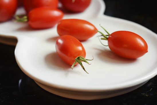 cherry-tomatoes-2613112