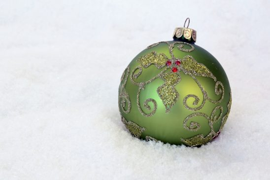 christmas-bauble-2956230