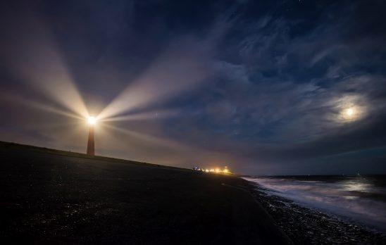 lighthouse-2611199