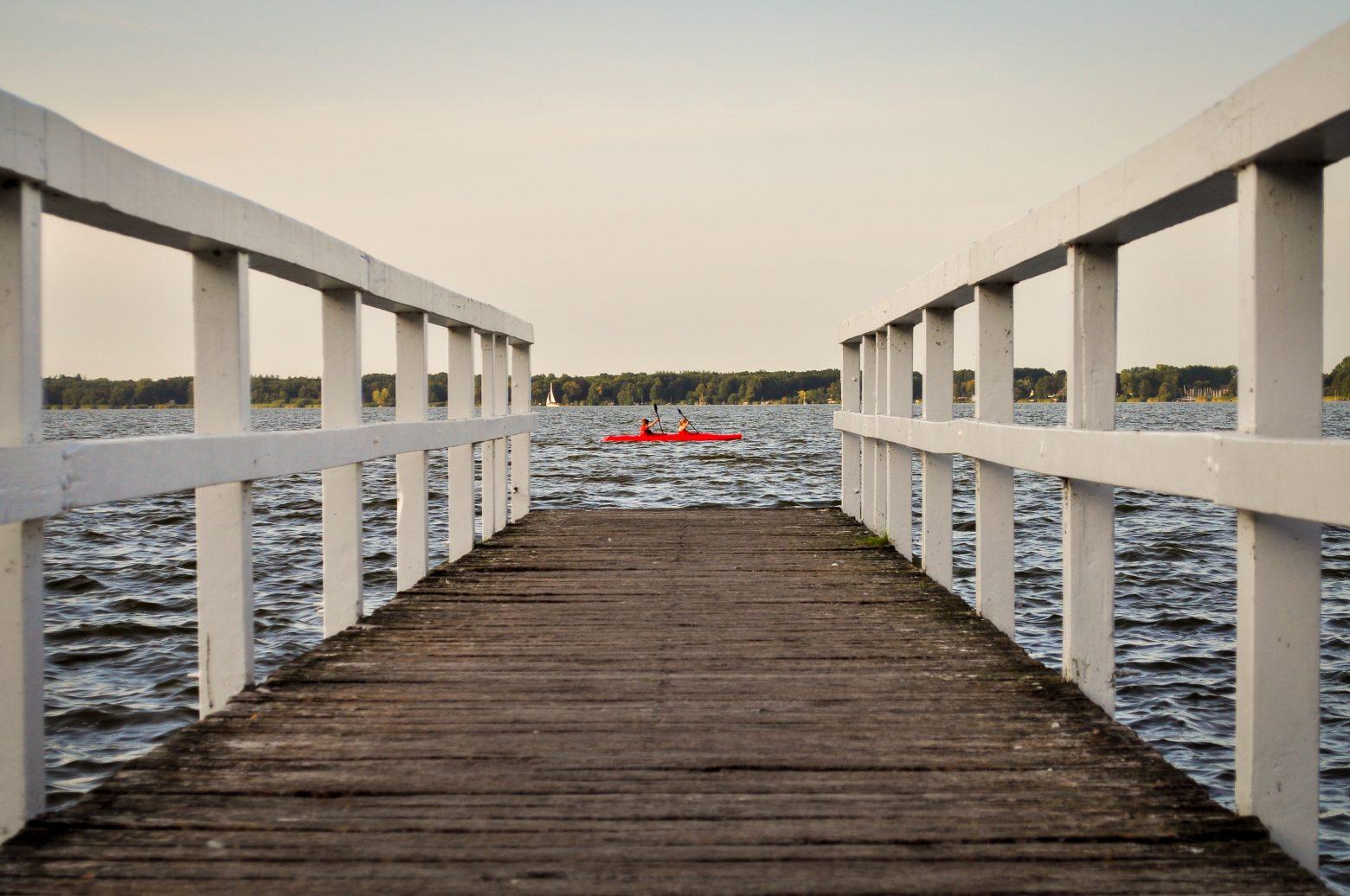lake-2872156
