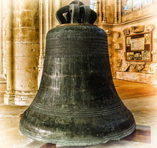 bell-1736057