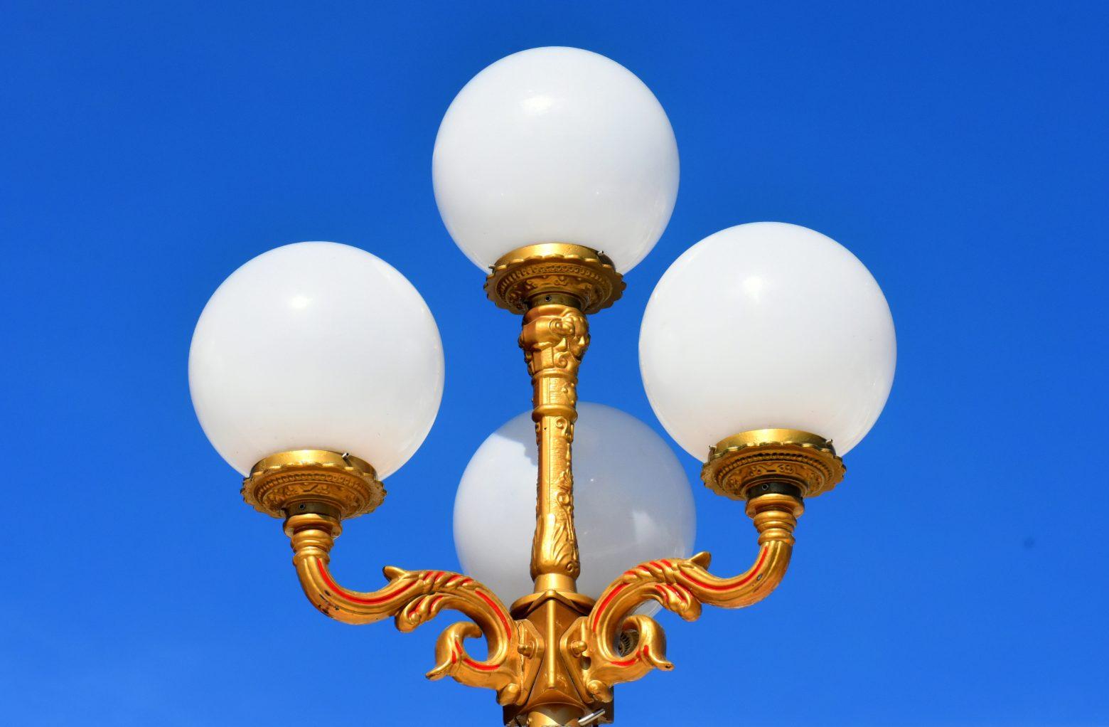 lamp-3354560