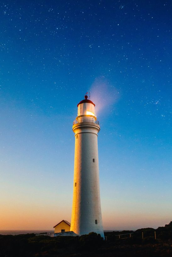 lighthouse-980457 (1)