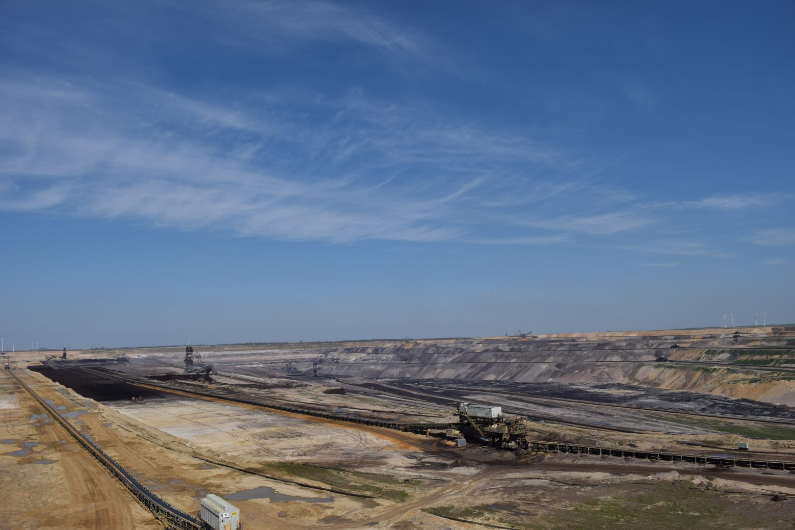 open-pit-mining-771382
