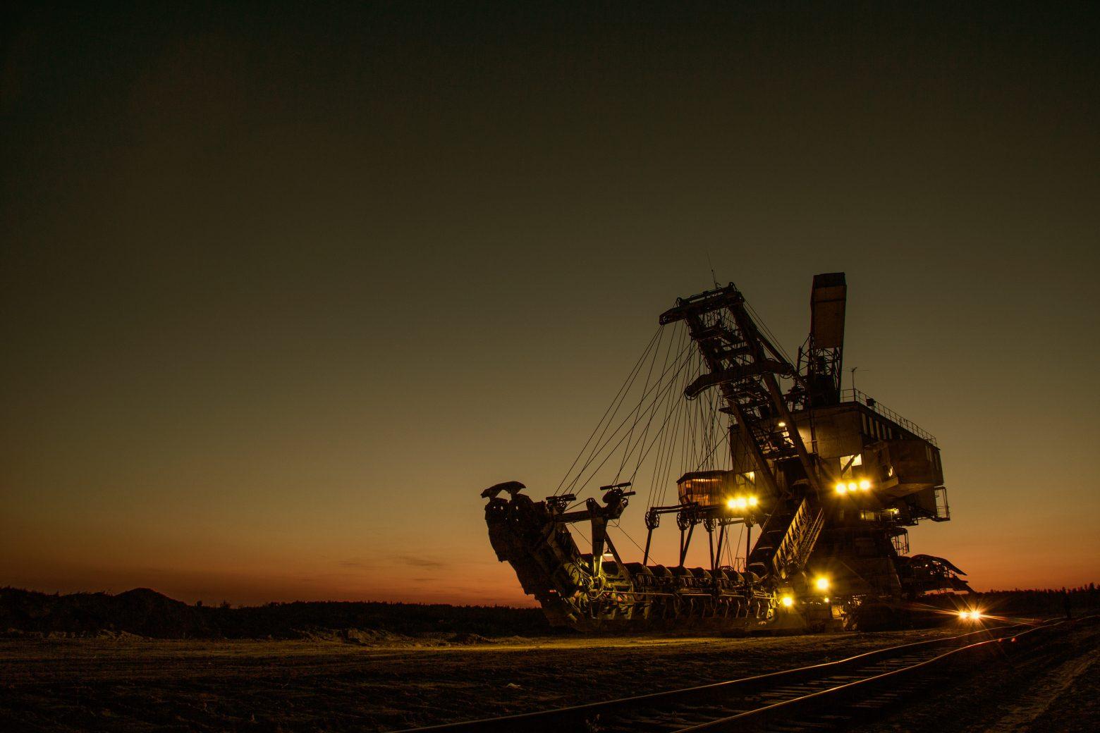 mining-excavator-1736289