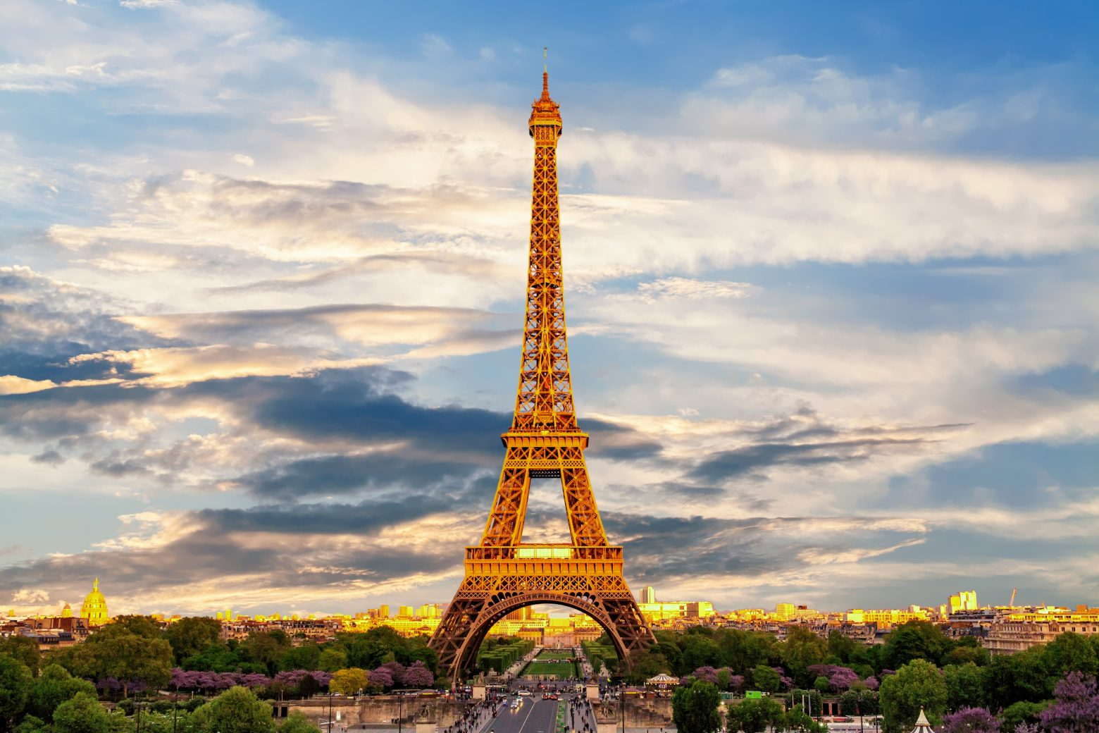 eiffel-tower-3349075